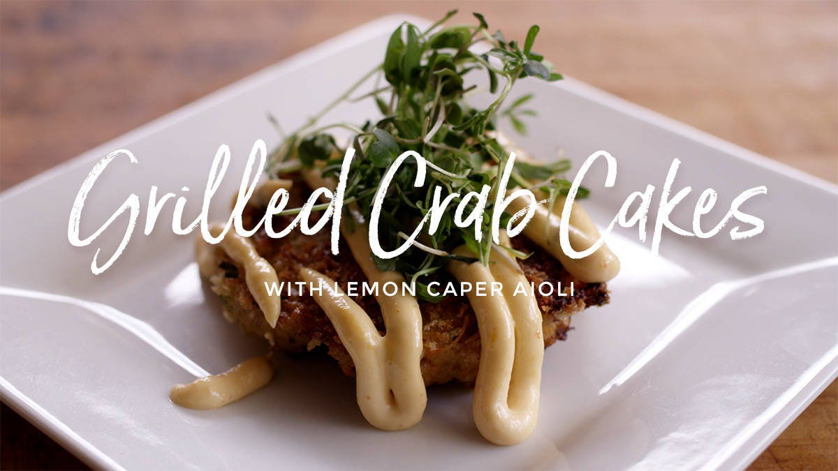 Recipe for Grilled Crab Cakes with Lemon Caper Aioli