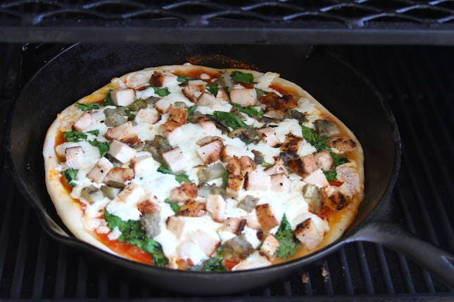Chicken Artichoke Skillet Pizza Recipe