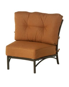 Stratford Estate Crescent Middle Chair with Cushion